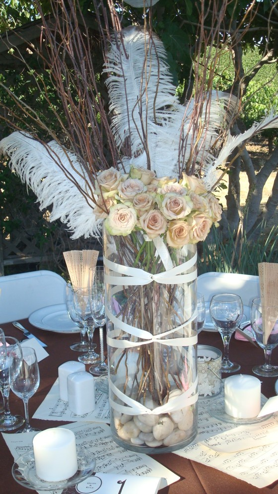 Close-up of the table decor, all keeping with the vintage-theme