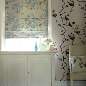 Blinds that match the wallpaper- if, and only if, done well