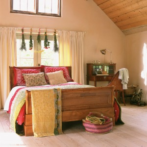 I think this bedroom is gorgeous